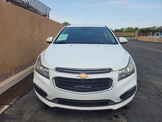 2016 Chevrolet Cruze Limited 4dr Sdn LTZ - Image 2