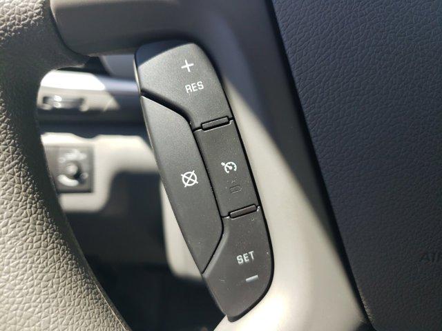 2015 Chevrolet Traverse FWD 4dr LS - Image 19