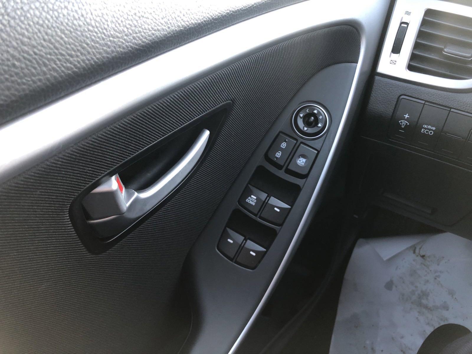 2016 Hyundai Elantra GT Hatchback