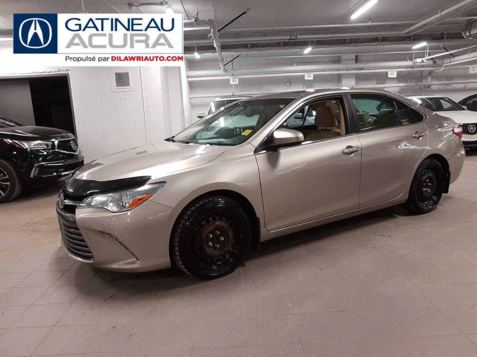 Toyota Camry 4dr Car - 2015