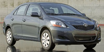 Toyota Yaris 4dr Car - 2010