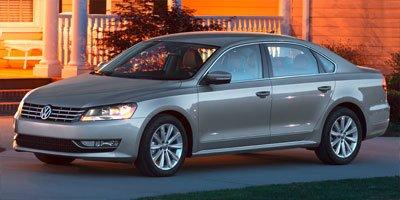 Volkswagen Passat 4dr Car - 2013