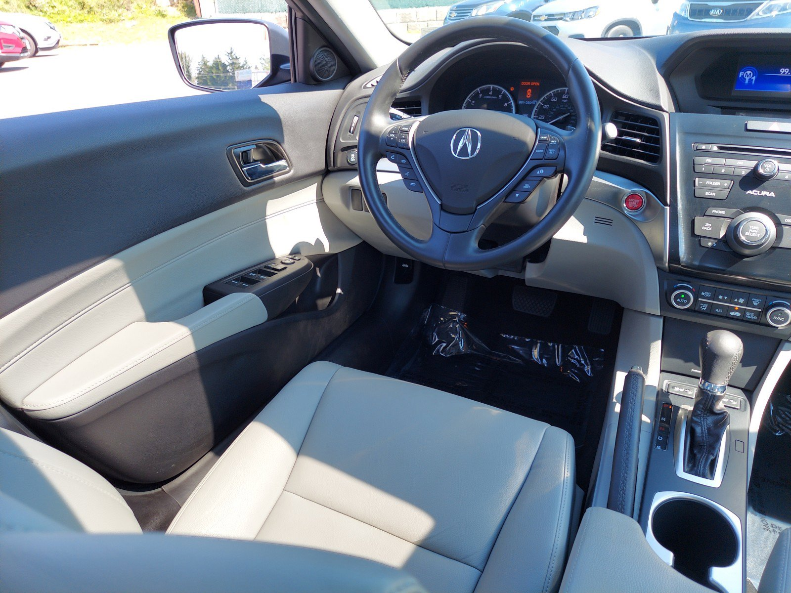 2017 Acura ILX 4dr Car