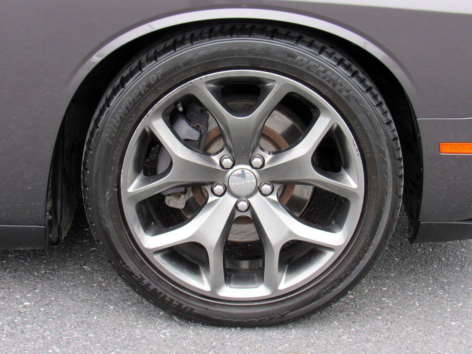 2016 Dodge Challenger 2dr Car