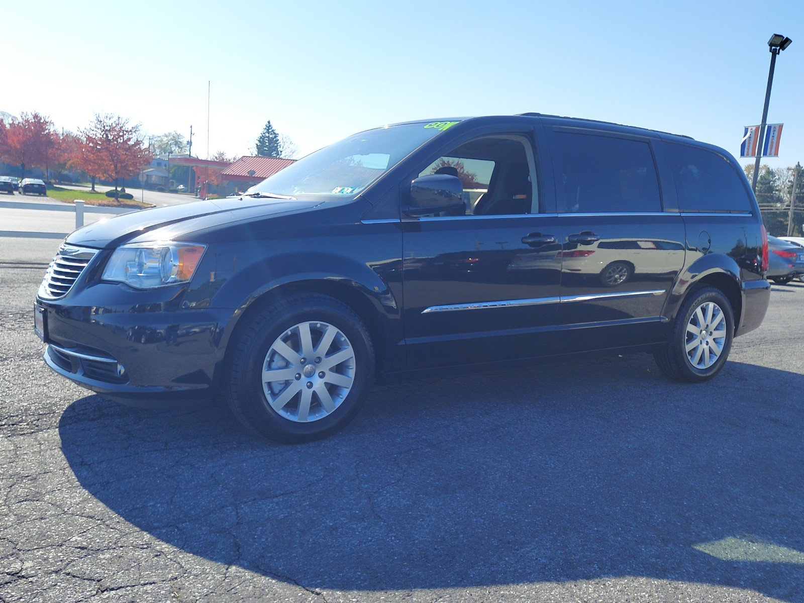 2015 Chrysler Town & Country Mini-van, Passenger