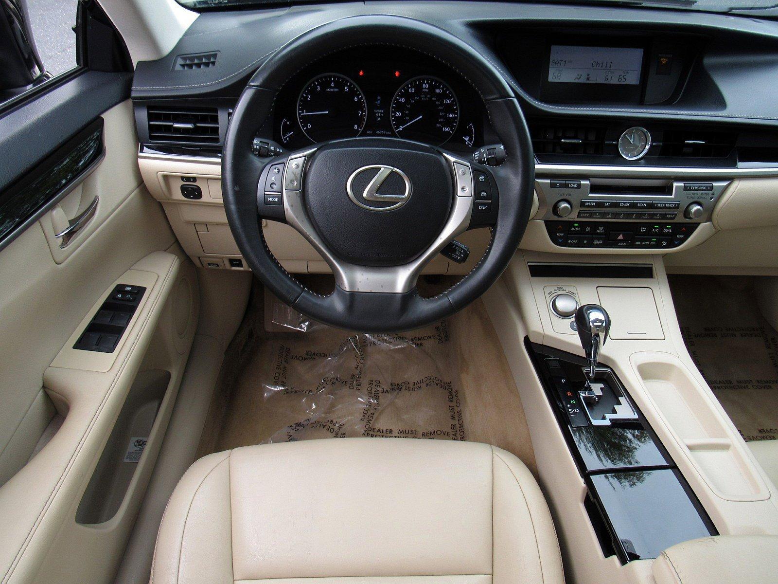 2014 Lexus ES 350 4dr Car