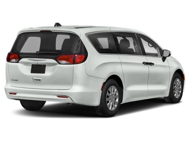 2020 Chrysler Voyager Mini-van, Passenger