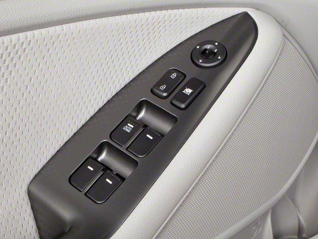 2013 Kia Optima 4dr Car