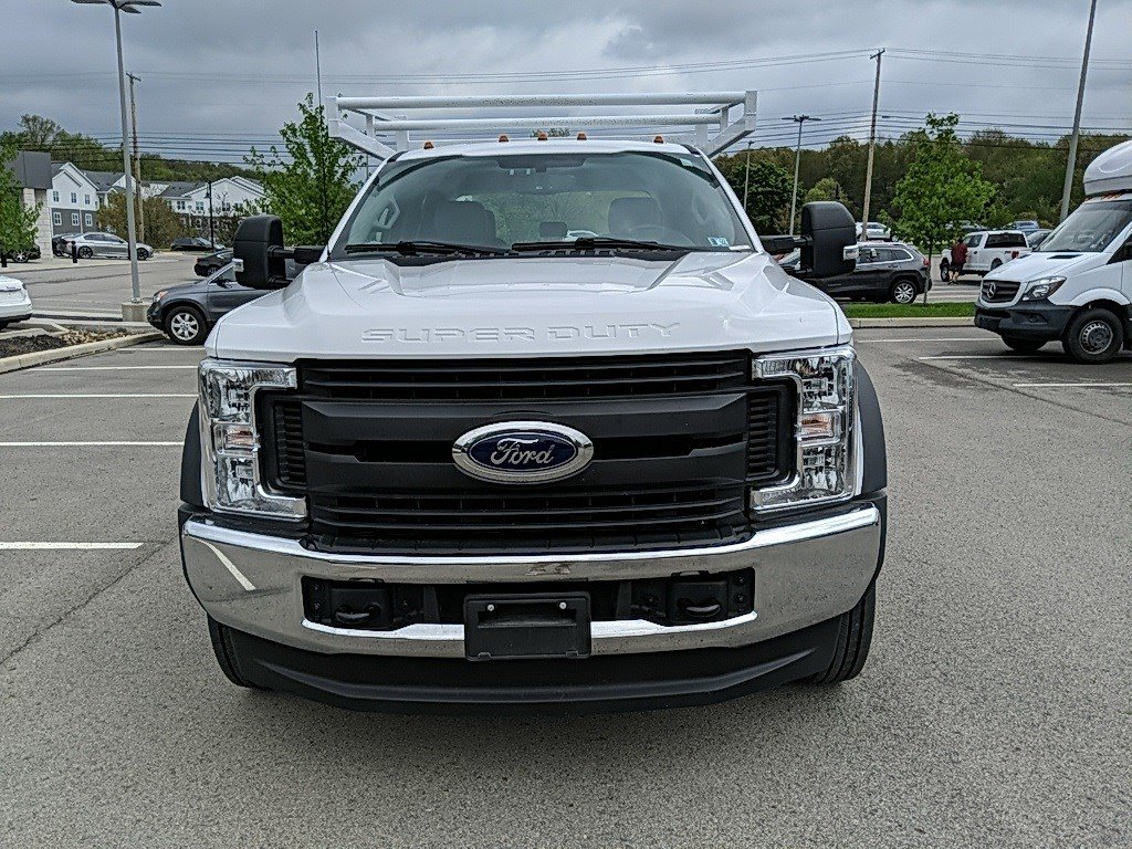 2019 Ford Super Duty F-550 DRW Crew Cab Chassis-Cab