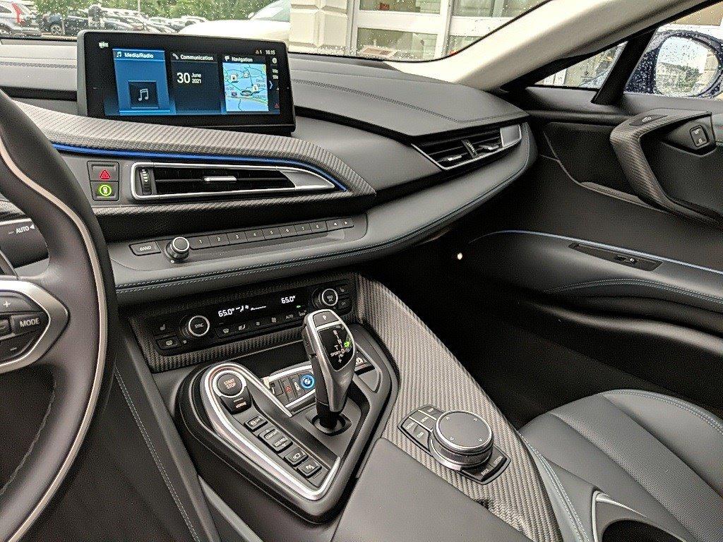 2019 BMW i8 2dr Car