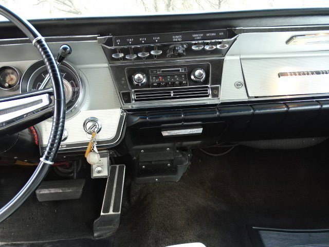 1964 BUICK Electra225 - picture 39