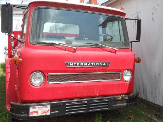 1971 International Tilt Cab - picture 7