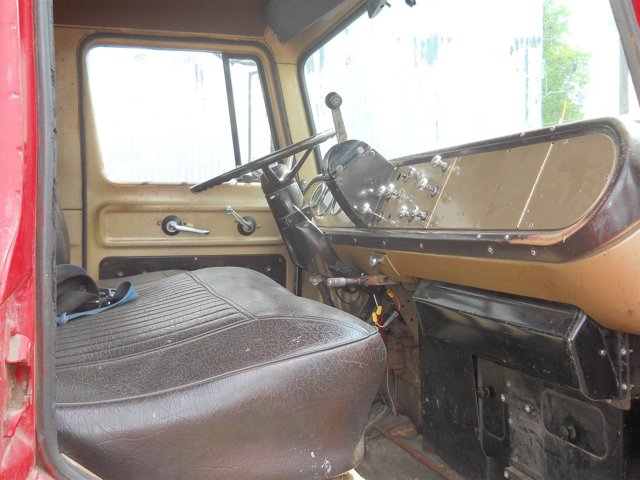 1971 International Tilt Cab - picture 5