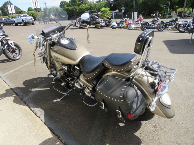 2004 YAMAHA ROAD STAR - picture 3