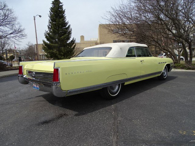 1964 BUICK Electra225 - picture 27
