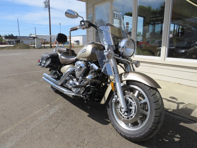 2004 YAMAHA ROAD STAR - picture 1