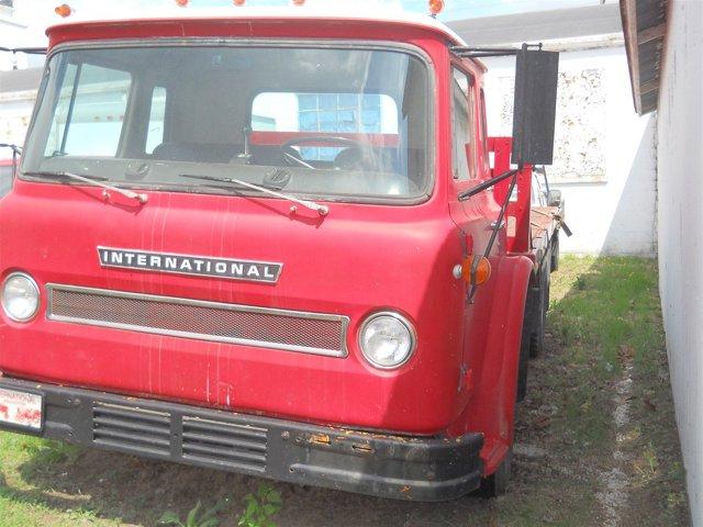 1971 International Tilt Cab - picture 10