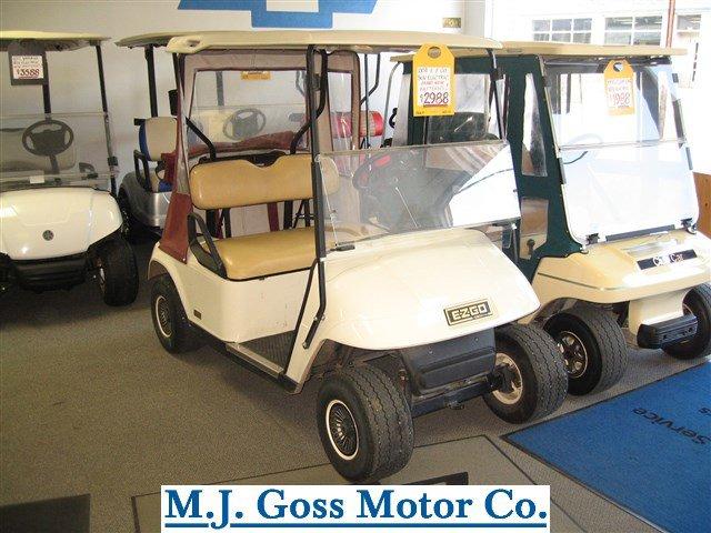 2004 E-Z-GO 36V Electric Golf Cart - picture 4