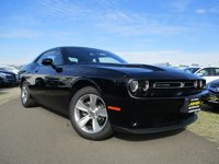 New-2017-Dodge-Challenger-SXT-Coupe