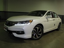 2016 Honda Accord Sedan 4dr I4 CVT EX-L w/Navi and Honda Sensing **MANAGER DEMO**