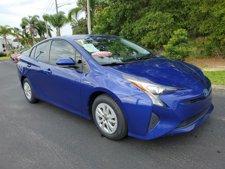 2013 66i8Toyota677 Prius Two