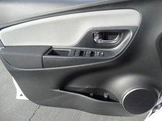 New 2017 Toyota Yaris 5-Door LE Auto