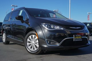 Used-2019-Chrysler-Pacifica-Touring-L-FWD