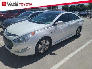Used-2015-Hyundai-Sonata-Hybrid-Limited
