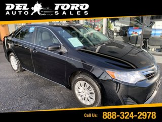 Used-2014-Toyota-Camry-4dr-Sdn-I4-Auto-LE