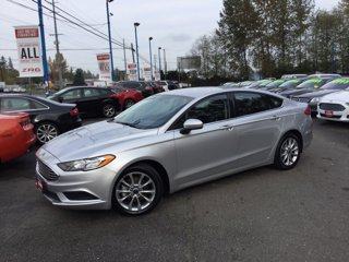 Used-2017-Ford-Fusion-Hybrid-SE-FWD