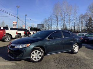 Used-2013-Toyota-Camry-4dr-Sdn-I4-Auto-LE