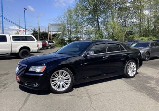 Used-2012-Chrysler-300-4dr-Sdn-V8-300C-RWD