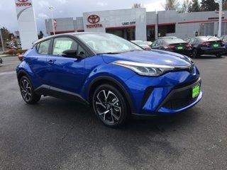 New-2020-Toyota-C-HR-XLE-FWD