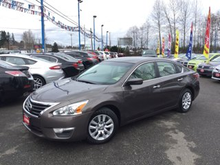 Used-2013-Nissan-Altima-4dr-Sdn-I4-25