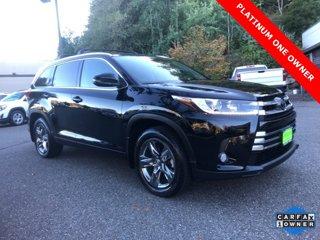 Used-2017-Toyota-Highlander-Limited-Platinum-V6-AWD