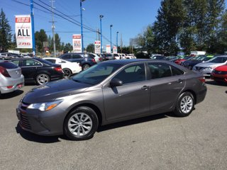 Used-2017-Toyota-Camry-LE-Auto