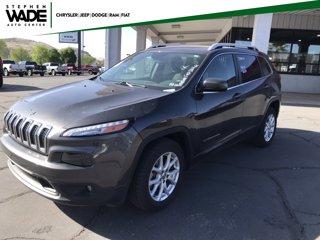 Used-2017-Jeep-Cherokee-Latitude
