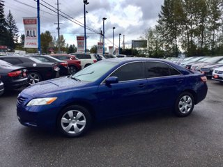 Used-2009-Toyota-Camry-4dr-Sdn-I4-Auto-LE