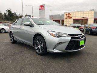2017-Toyota-Camry-XSE