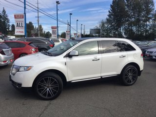 Used-2011-LINCOLN-MKX-FWD-4dr