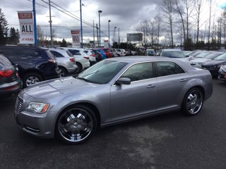 Used-2014-Chrysler-300-4dr-Sdn-RWD