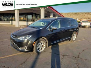 Used-2020-Chrysler-Pacifica-Limited