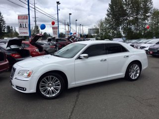 Used-2011-Chrysler-300-4dr-Sdn-Limited-RWD