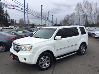 Used-2010-Honda-Pilot-4WD-4dr-Touring-w-RES-and-Navi