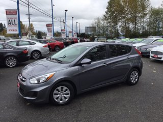 Used-2017-Hyundai-Accent-SE-Hatchback-Auto