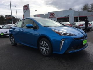 New-2020-Toyota-Prius-LE-AWD-e