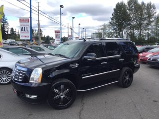 Used-2007-Cadillac-Escalade-AWD-4dr