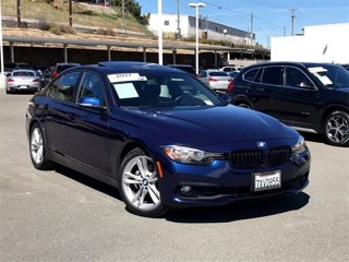 Used-2017-BMW-3-Series-320i-Sedan-South-Africa