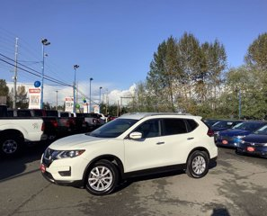 Used-2017-Nissan-Rogue-20175-FWD-SV