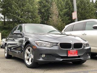 Used-2014-BMW-3-Series-320i-xDrive
